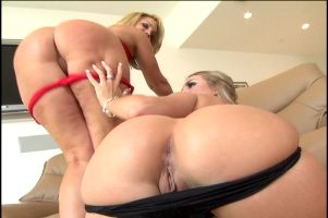 Flower tucci squirt shower
