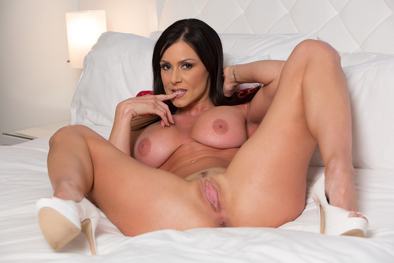 Hot kendra lust have a threesome with veronica and her bf 10