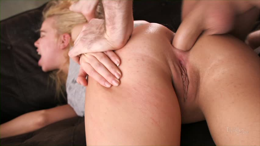 Her anal slowly pushed into